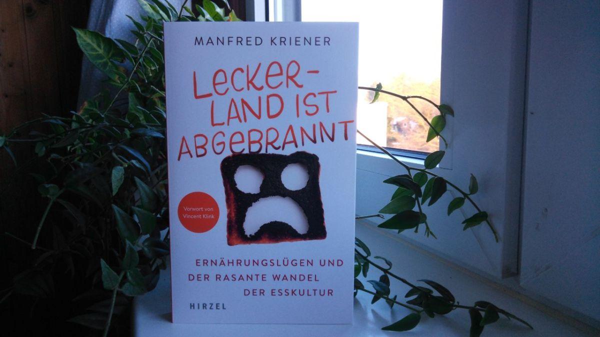 Rezension – Leckerland ist abgebrannt von ManfredKriener